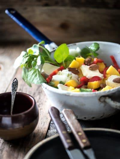 Salade met mango en brie