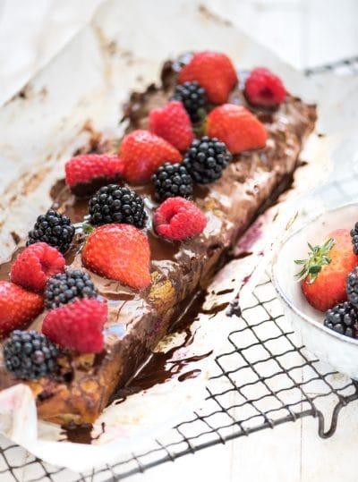 Amandelmeel cake rood fruit chocola 2