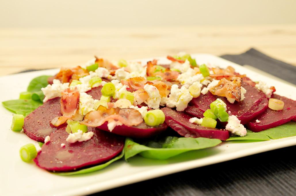 Bietensalade met spinazie en geitenkaas