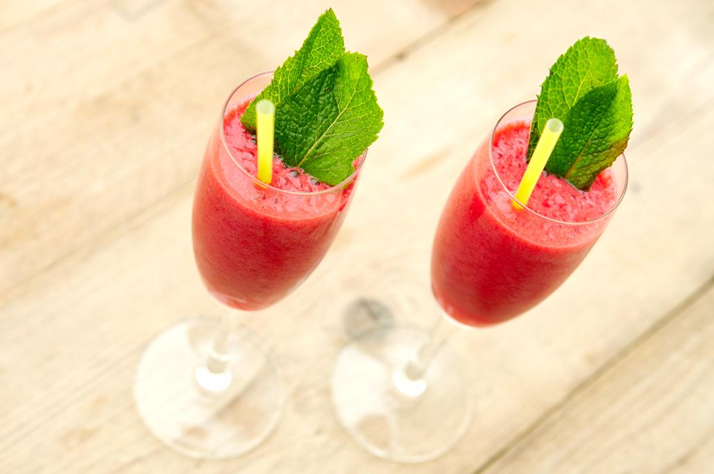 zomerse-smoothie-van-munt-en-frambozen