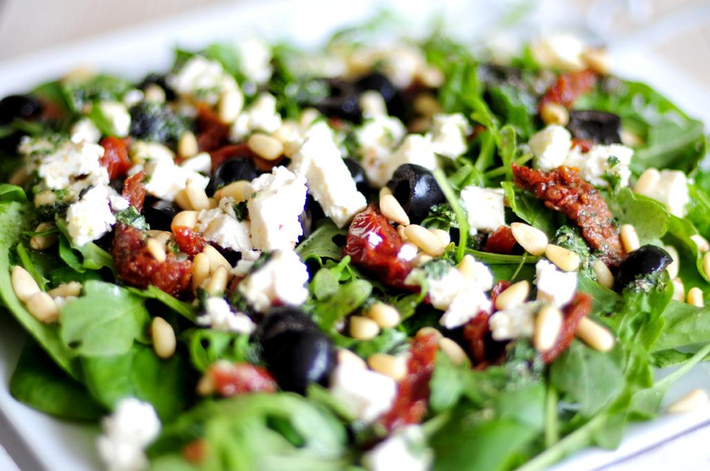 spinazie-salade-olijven-kappertjes