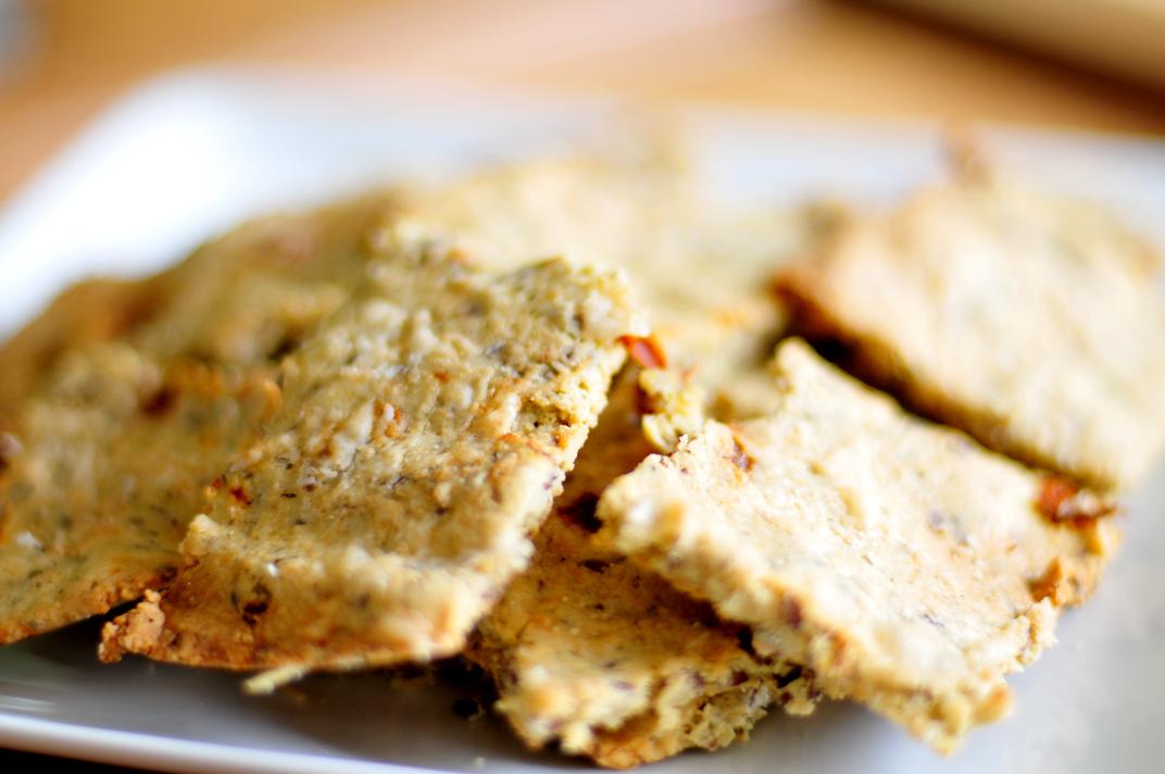 crackers van amandelmeel - koolhydraatarm