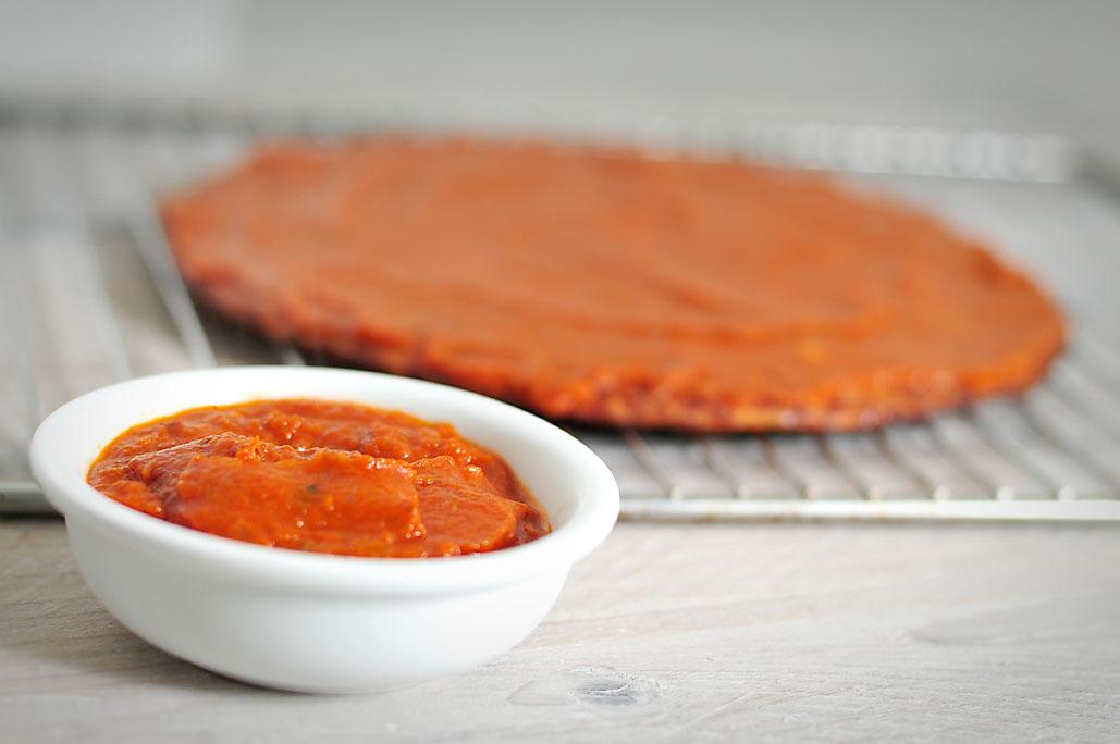 Gezonde pizzasaus maken