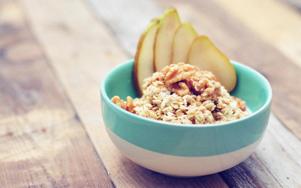 Overnight oats met peer en walnoten