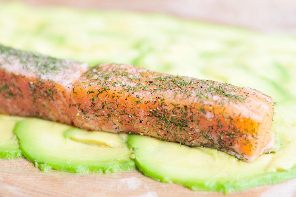 Sushi van zalm en avocado 03