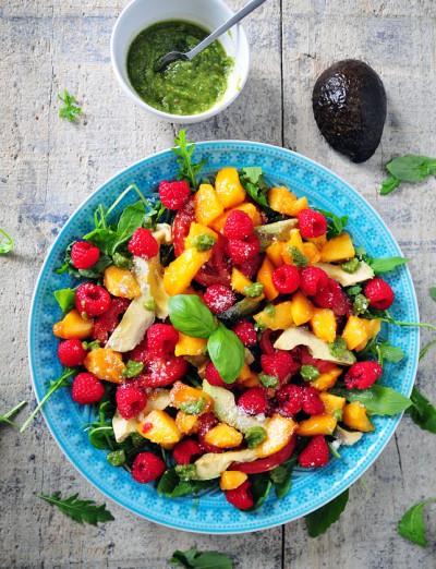 Perzik salade met pesto