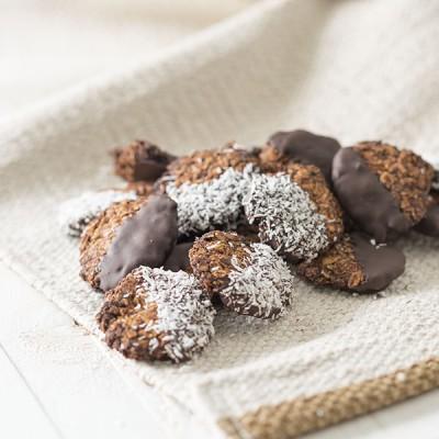 Hvermoutkoekjes met chocolade dip