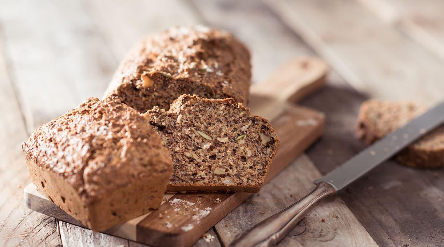 Koolhydraaterm-brood-bakken
