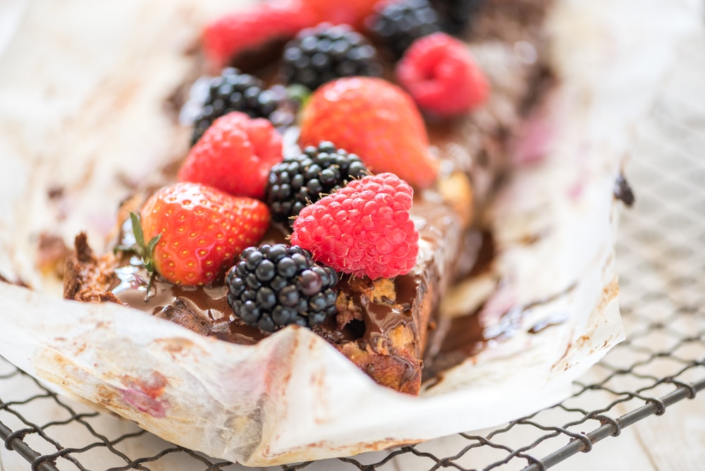 Amandelmeel cake rood fruit chocola 4
