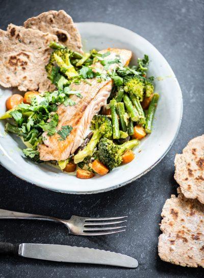 Gele curry met zalm recept
