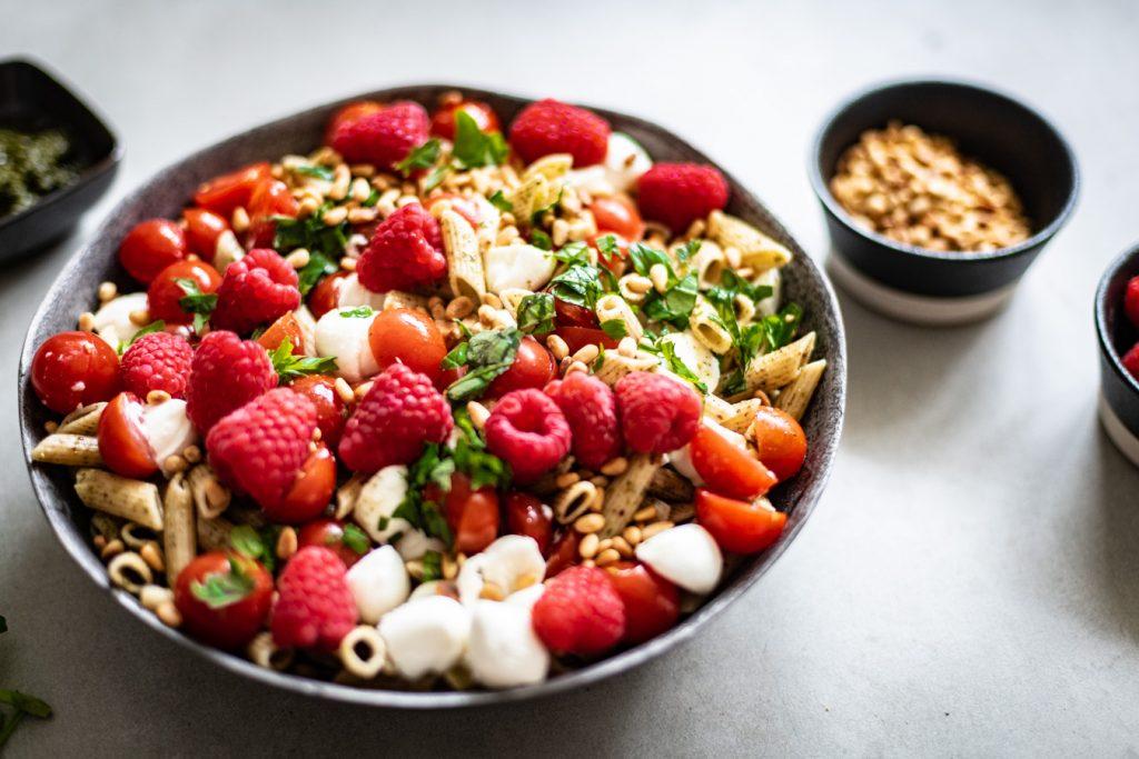koude pastasalade met pesto