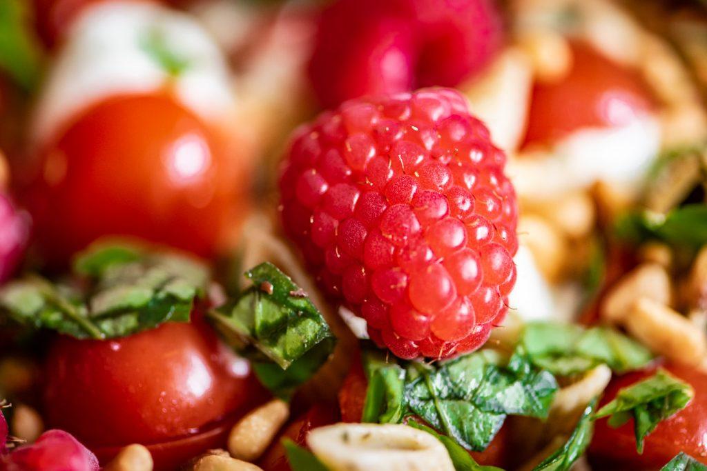 salade met frambozen