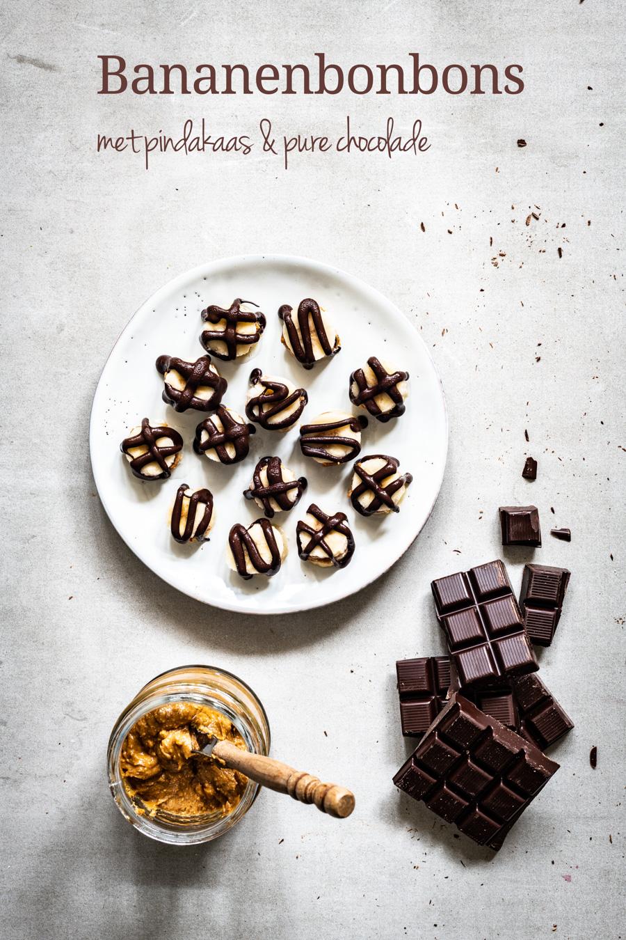 bananen bonbons met pindakaas en pure chocolade