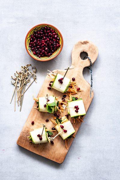 courgette rolletjes met hummus en munt | vegan party snack